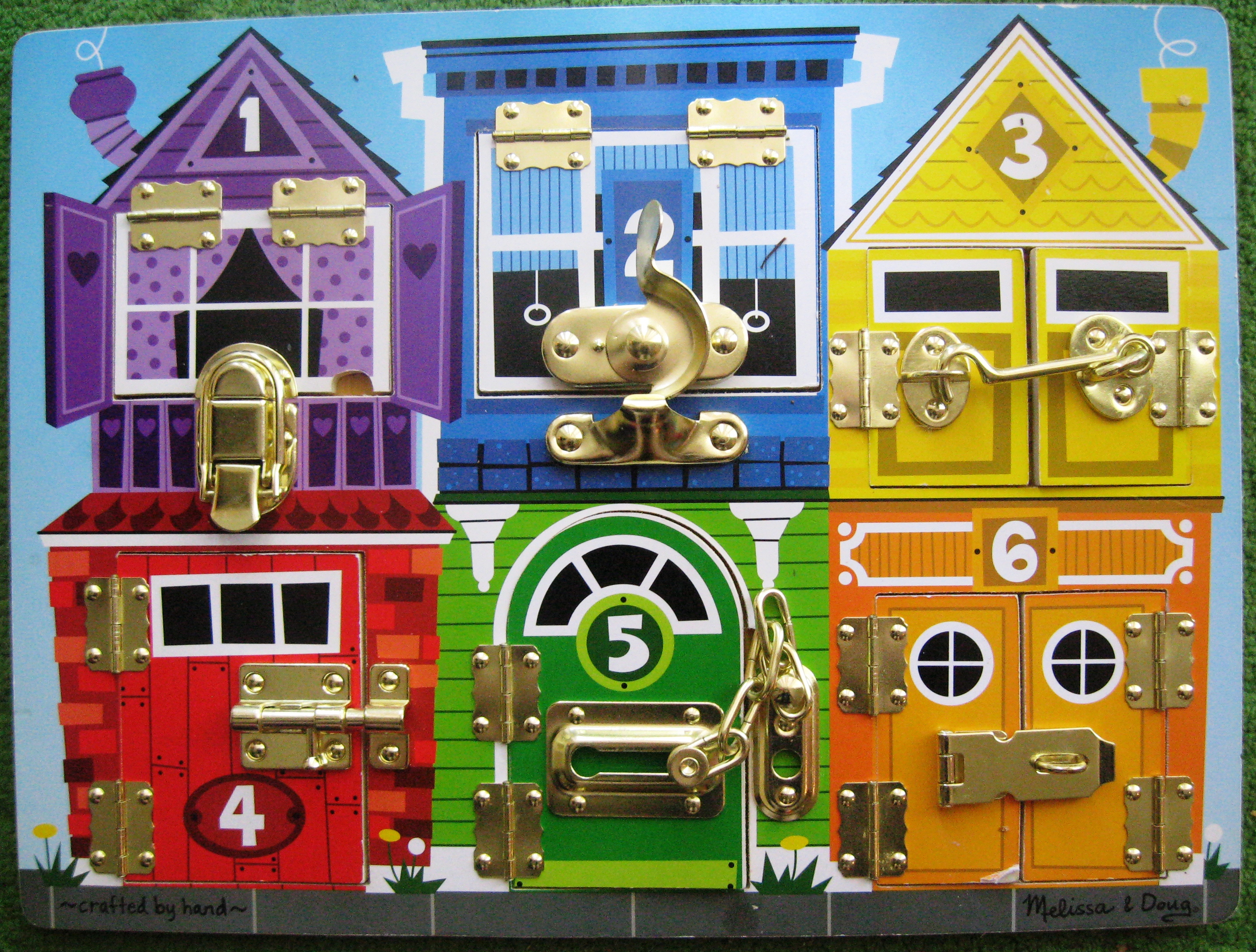 Product Review: Melissa & Doug Deluxe Latches Board (Age 3 ...